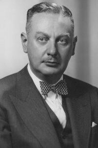 1937-1941 Leo Barnett